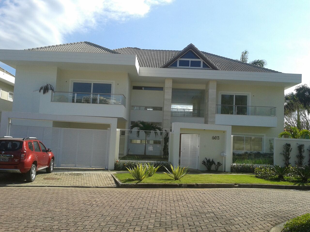 Gorgeous three story house in rio de janeiro brasil for Three story house for sale