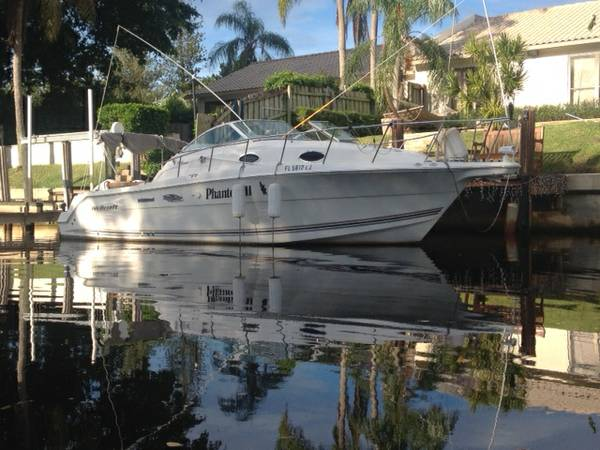 Wellcraft Coastal 29'2001excellent condition low hours, cabin x 6