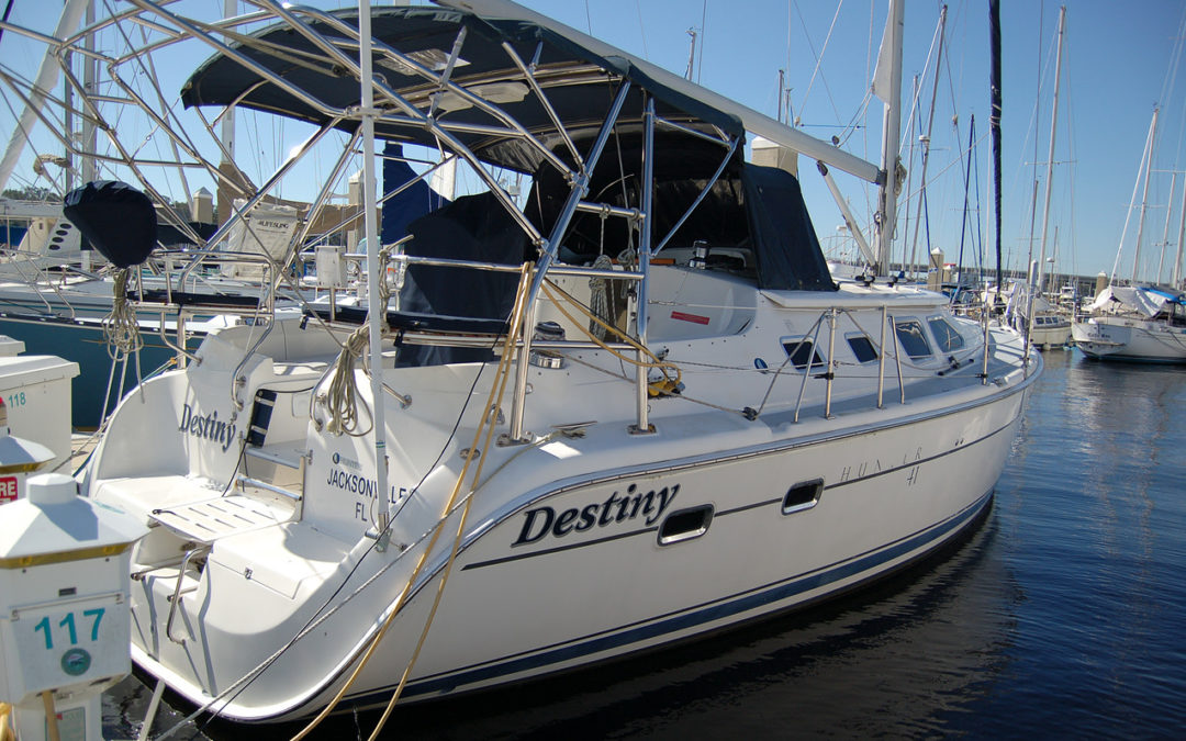 41′ Hunter Deck Salon