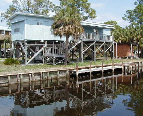 MLS#774912 HOME ON GULF CANAL!!